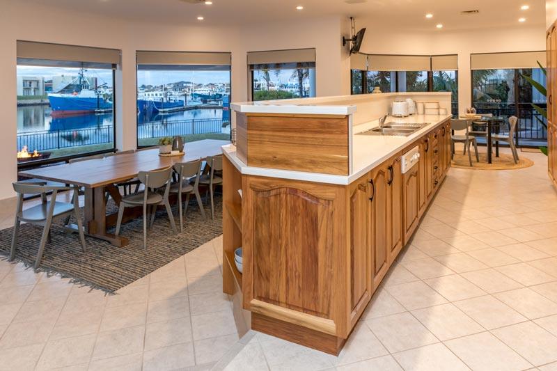 Marina Luxury Escape - Port Lincoln - dining